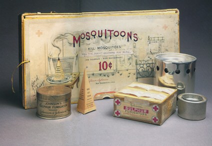 Mosquitoons Box and Fumigator