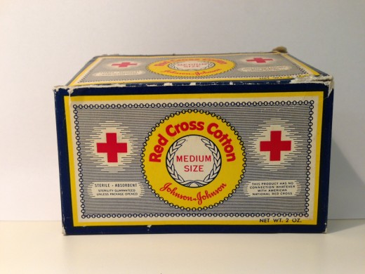 RED CROSS® Cotton vintage box