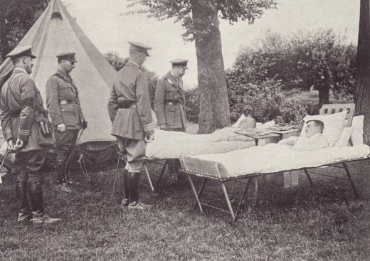 King George V of England visits a field hospital in France.  Cover photo from a 1918 edition of RED CROSS® Notes, from our archives.